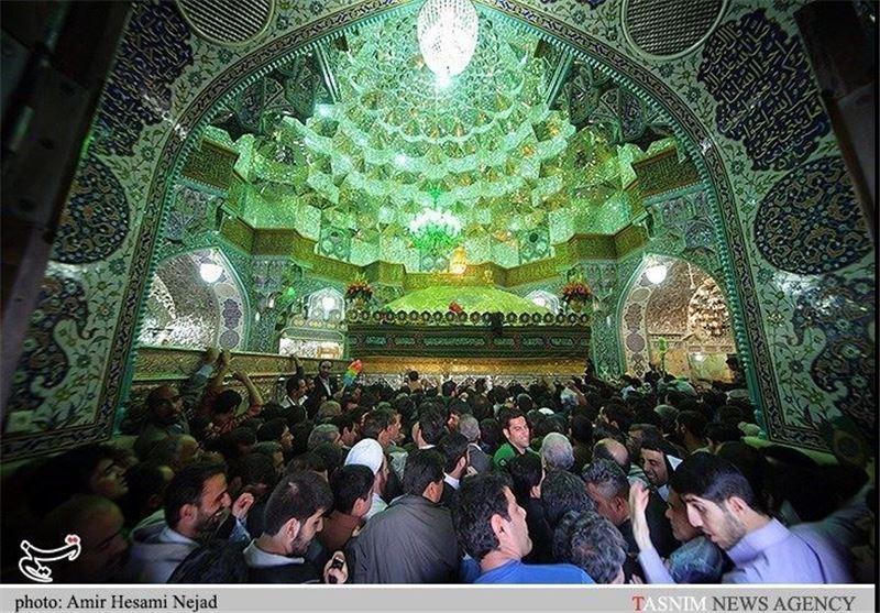 گزارش تصویری از حرم حضرت معصومه (س) در لحظه تحویل سال نو