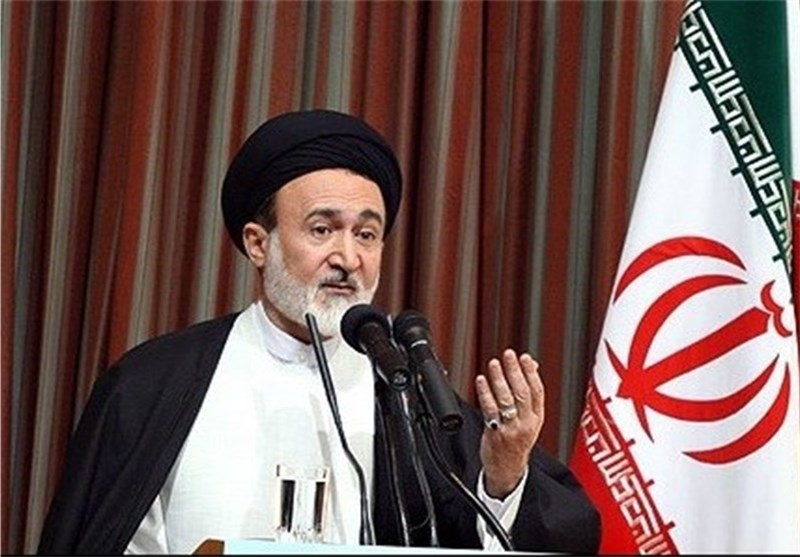 Iranian Cleric Deplores Saudis for Shirking Responsibility on Hajj