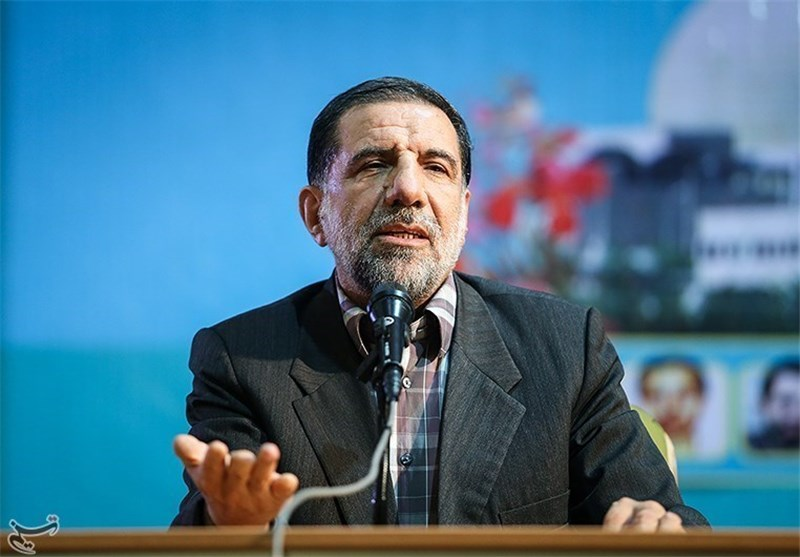 سردار کوثری در اصفهان: نفوذیها با سوءاستفاده از منصب میخواهند به دشمن امتیاز دهند