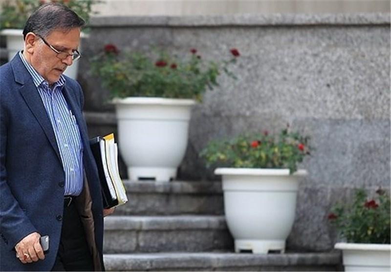 رئیس بانک مرکزی: هنوز هم ارتباطات بانکی نرمال نیست/صرافیهای غیرمجاز بسته میشوند