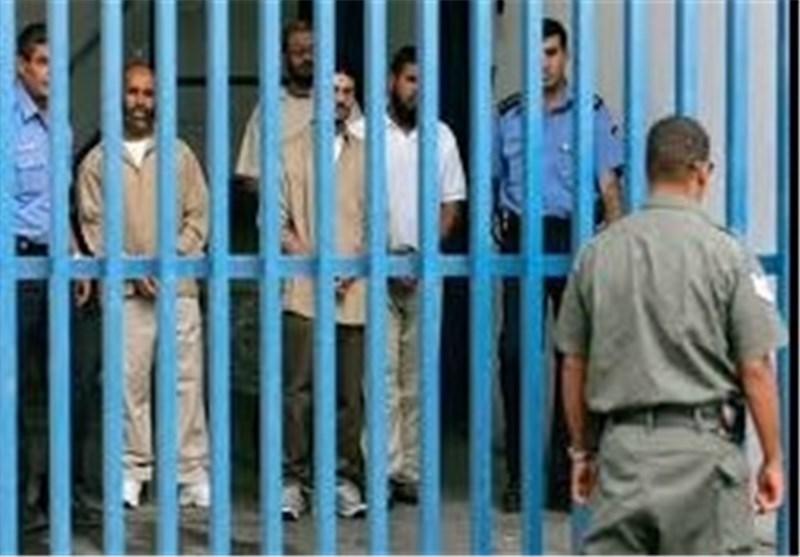 نادی الاسیر الفلسطینی: إصابة 13 أسیرا مضربا عن الطعام بنزیف معوی