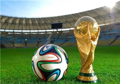 مسنترین خبرنگار حاضر در جام جهانی ۲۰۱۴ + عکس