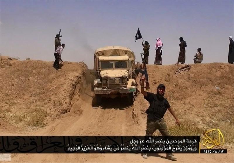 نابودی بخشی از موانع مرزی عراق و سوریه توسط داعش