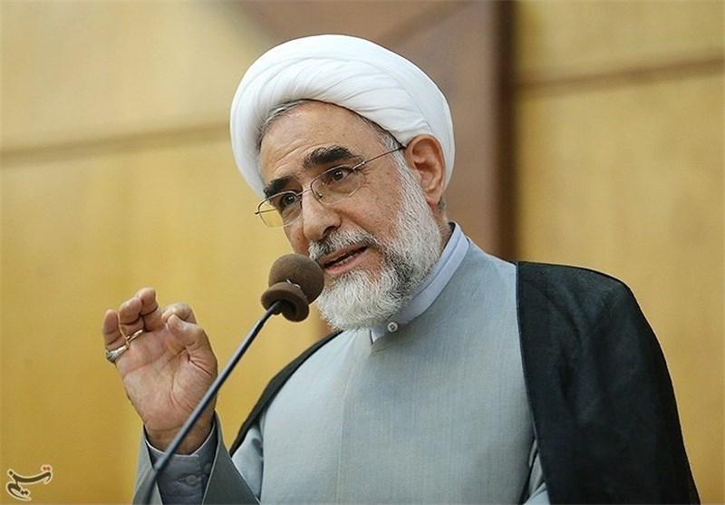 منتجبنیا: آقای روحانی؛ مردم به شعار و برنامه شما رای دادند؛ فارغالتحصیلان چشم بهراه هستند