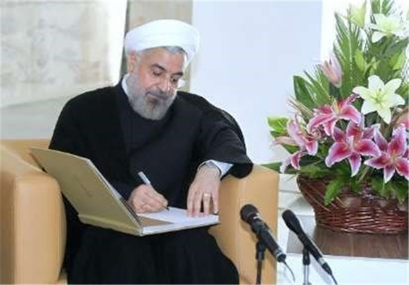 Iranian President Wishes Lasting Peace for Muslim Nations