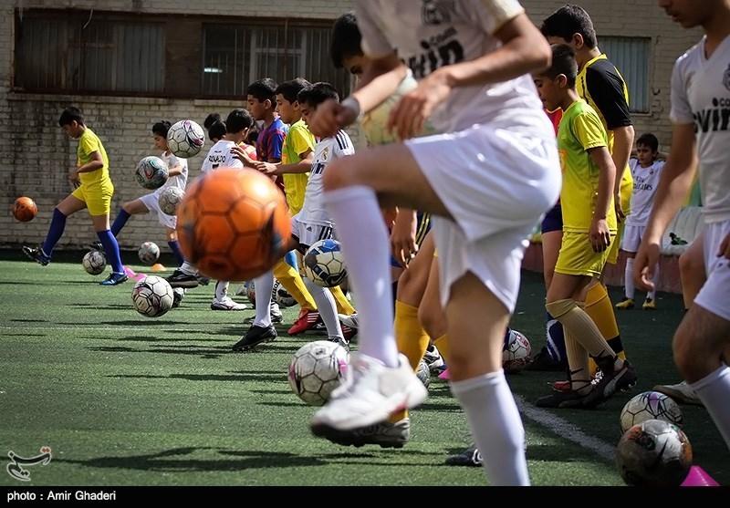 اصفهان| استعدادیابی به معنای تأسیس مدرسه فوتبال توسط باشگاهها نیست