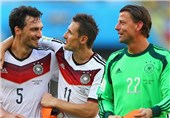 Hummels Heads Germany into World Cup Semis