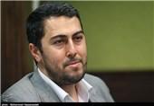 احمد بابایی: شعری که پول نفت دارد ورشکست نمیشود