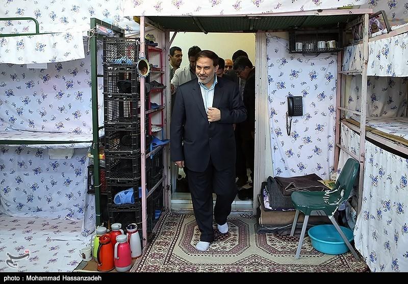بازدید اصغر جهانگیر رئیس سازمان زندان ها از زندان اوین