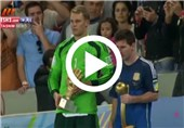 فیلم اهدای توپ و دستکش طلا به مسی و نویر
