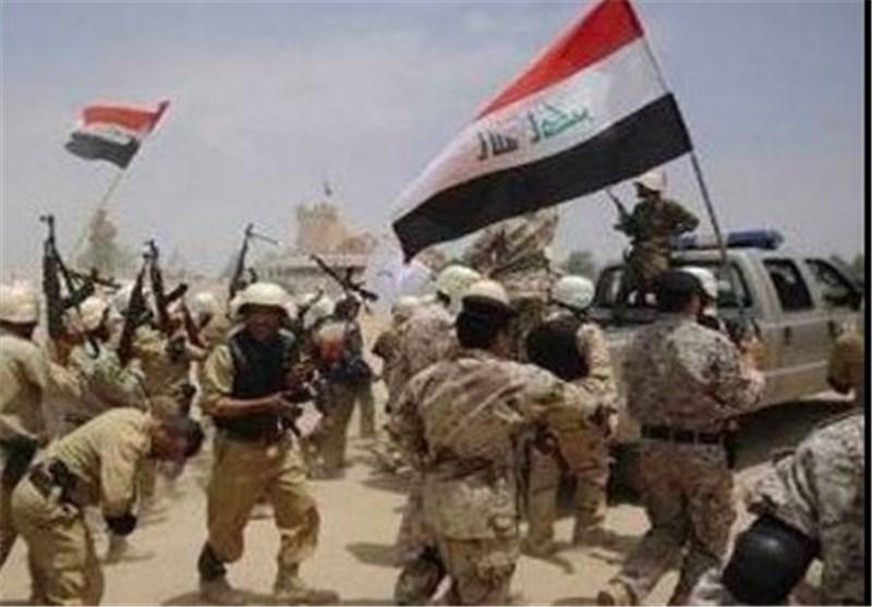 الجیش العراقی یقتحم وسط تکریت ویرفع العلم العراقی فوق القصور الرئاسیة
