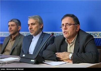 از راست سیف رئیس بانک مرکزی،نوبخت سخنگوی دولت و علی طیب نیا وزیر اقتصاد و دارایی