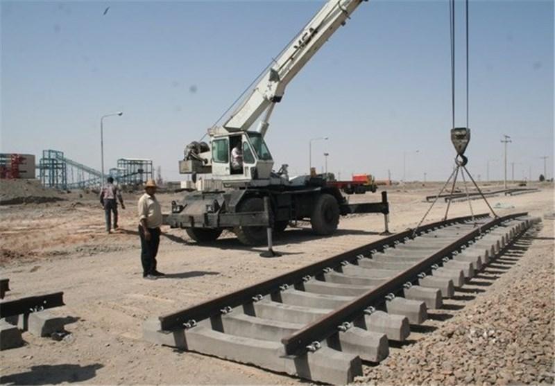 وزیر راه در اصفهان: نخستین محموله ریل ملی از ذوبآهن تحویل گرفته میشود