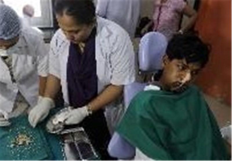 نوجوان هندی دندان