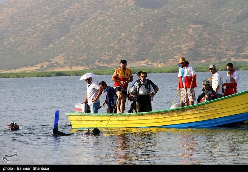 گروه گردشگری بدون مجوز در منطقه کول خرسان حضور یافتند/ تلاش برای نجات افراد حادثه دیده با بالگرد