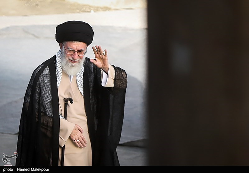 Leader Pardons Over 1,000 Iranian Prisoners on Eid
