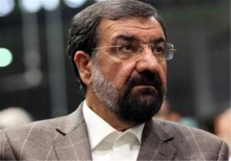 أمین مجمع تشخیص مصلحة النظام: تهدیدات الأمریکان بمهاجمة ایران تهدف للاستهلاک الداخلی