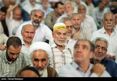 صلاة الجمعة فی طهران بامامة آیة الله محمد علی موحدی کرمانی