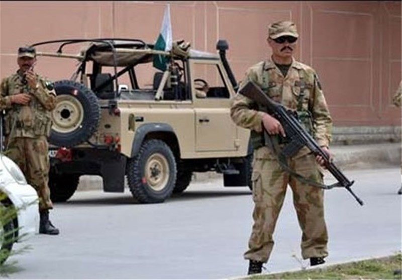 Pakistan Adopts Army Courts for Terror Cases