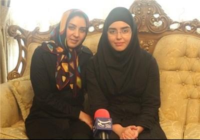 آناهیتا نجفی و مادر رتبه دوم کنکور تجربی