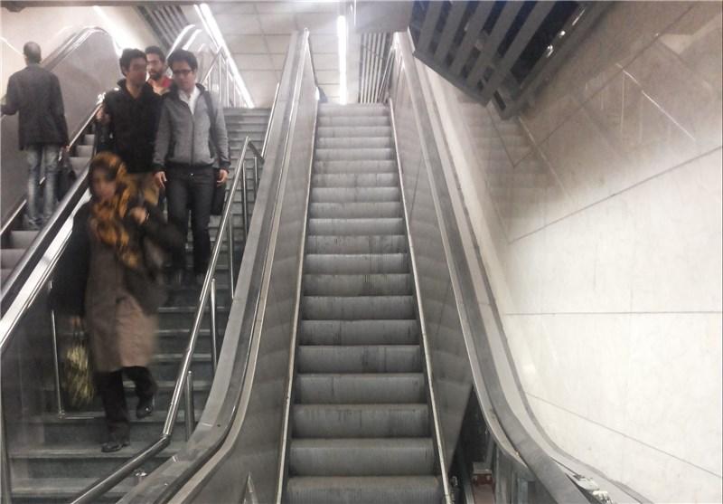 جزئیات سقوط پله برقی ایستگاه مترو میرداماد