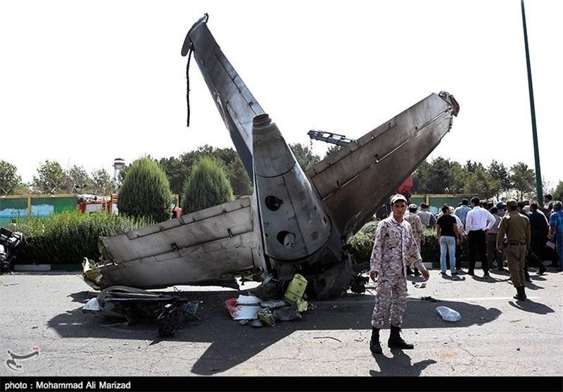 فرودگاه ایلام سقوط هواپیمای مسافربری در مهرآباد/ معاون وزیر راه: ۲۶ مرد ...
