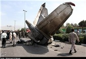 Iran in Contact with Ukraine to Examine Crashed Plane's Black Boxes