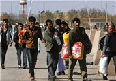 Thousands Afghan Refugees Return Home within Week: IOM