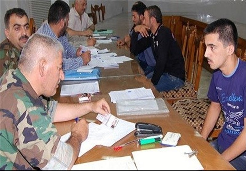 80 مسلحاً قاموا بتسلیم أنفسهم مع أسلحتهم إلى السلطات السوریة