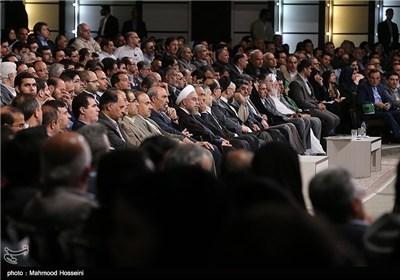 الرئیس روحانی یرعی الملتقی الوطنی للمؤسسات الشعبیة