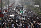 Pakistan Protest Leaders Vow to Continue Protests until PM Sharif Steps Down