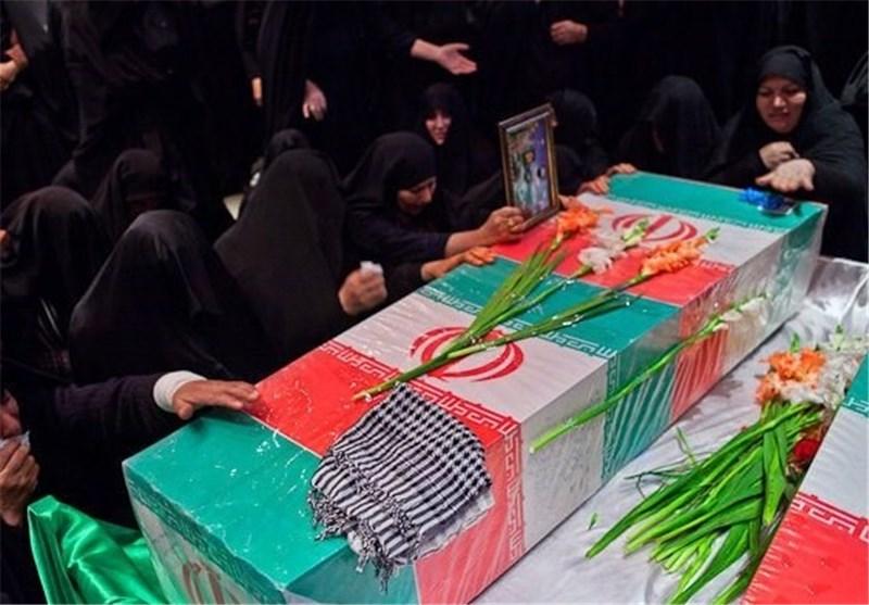تشییع پیکر 2 شهید گمنام عملیات خیبر در شهرستان ورزنه اصفهان