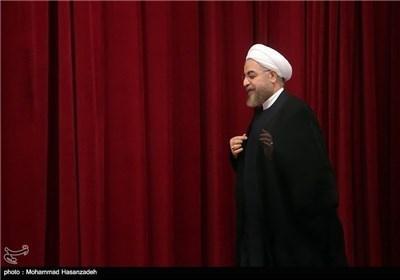 الرئیس روحانی یلتقی علماء الدین وطلبة العلوم الدینیة بمحافظة اردبیل