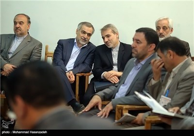 الرئیس روحانی یرعی اجتماع المجلس الاداری بمحافظة اردبیل