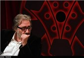 """فرار به شیوه کیمیایی/ کارگردان """"خون شد"""" نیامدنش به نشست خبری را گردن شهاب حسینی انداخت!"""