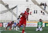 دلیر گل تساوی را برای تراکتورسازی تبریز به ثمر رساند