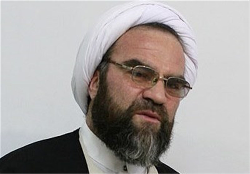 غرویان: برخی روحانیون با ظریف برای ریاست جمهوری رایزنی کردهاند