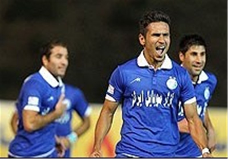 Esteghlal Stays Top of Iran Professional League