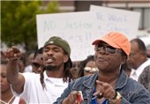 US police Arrest 35 in Protest over Missouri Shooting
