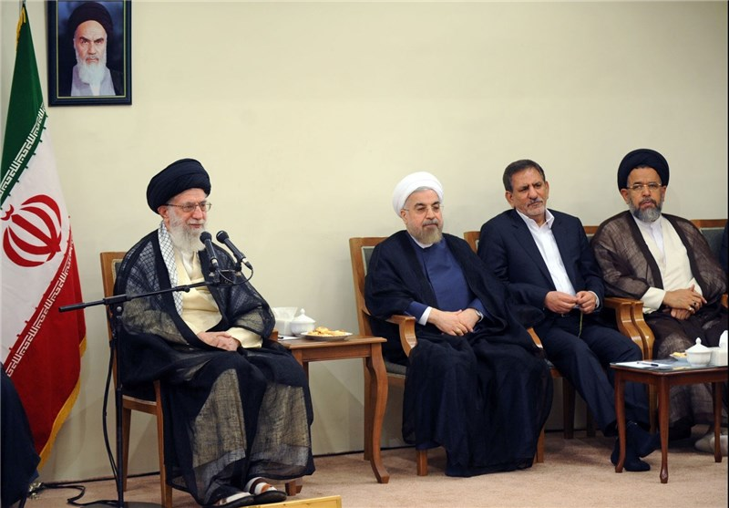 Leader Urges Government's Firm Stances on Regional, Int'l Issues