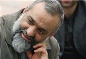 سردار نقدی با خانواده شهیدان زارعی دیدار کرد