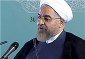 Iranian President Urges Closer Ties with Vietnam