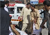 15 کشته و صدها زخمی نتیجه درگیریهای پاکستان/ پلیس از گلوله جنگی استفاده کرد