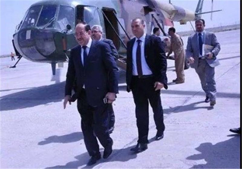 المالکی یصل ناحیة آمرلی بعد یوم من فک الحصار ویتفقد القطعات العسکریة العراقیة