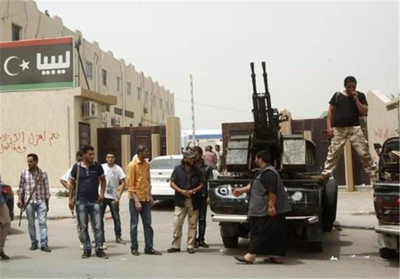 قوات «فجر لیبیا» تسیطر على مقر السفارة الأمریکیة بطرابلس