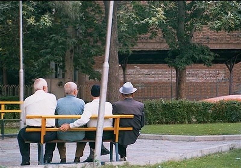 سالمند بازنشسته