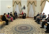 Rouhani: No Obstacle to Expansion of Iran, Vietnam Ties