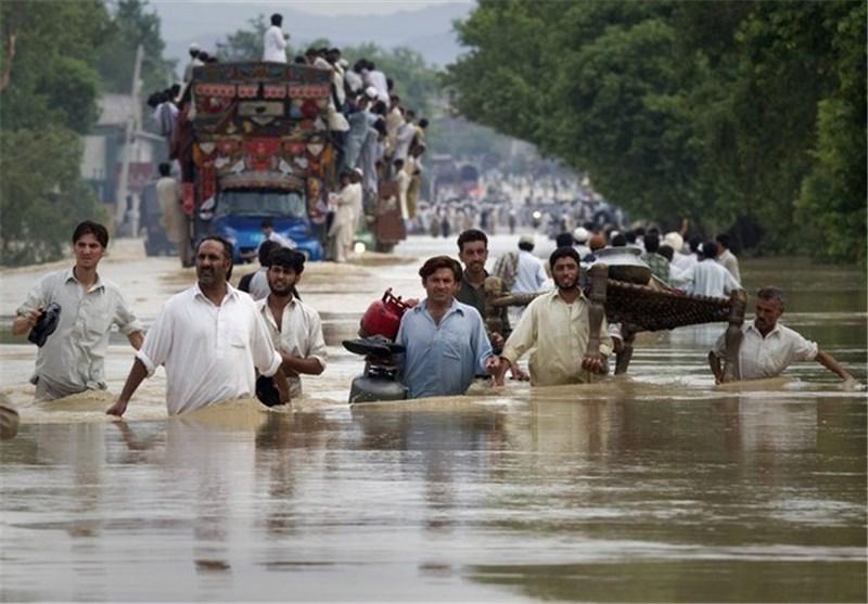 Pakistan, Kashmir Floods Kill Hundreds