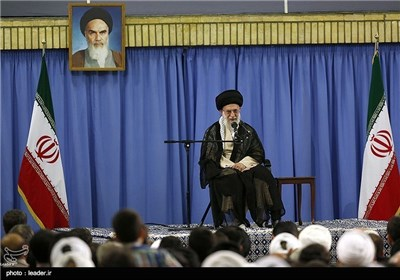 Iranian Hajj Officials Meet with Supreme Leader