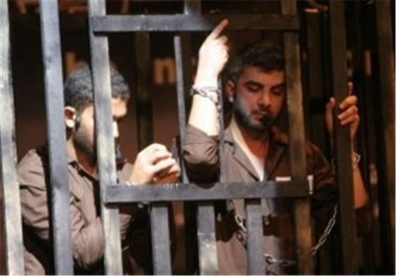 احتجاجاً على استشهاد الأسیر الجعبری سبعة آلاف أسیر فلسطینی یضربون عن الطعام